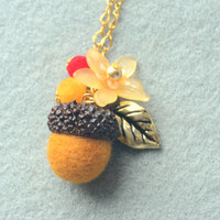 Needle felted acorn necklace, woodland theme acorn and flower necklace, brown color, whimsical jewelry, gift under 15