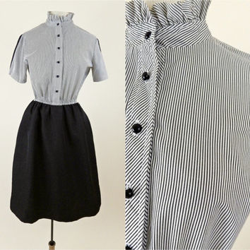 Classic Sears Striped Waitress Dress // 70s 80s Black and White Short Sleeves // Polyester and Cotton // Small Medium
