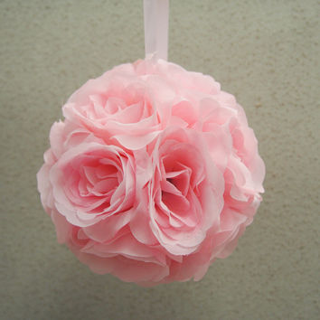 Flower Kissing Balls Wedding Centerpiece, 6-inch, Light Pink