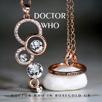 Stunning Doctor Who Hers Tungsten 18K Rose Gold GP 2MM Ring and Doctor Who Inspired Rose Gold gp and Cz Pendant with Chain Gift Set
