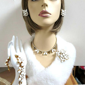 Verified D and E, JULIANA Chalk White Milk Glass Necklace, Bracelet, Brooch and Earrings Set Vintage