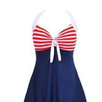Elegant Padded Plus Size Skirted Swimsuit Striped Cups