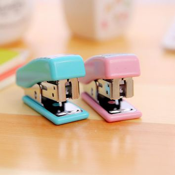 Mini Stapler 24/6 Plastic Stationery Set Kawaii Stapler Paper Office Accessories Mini Binder Stationary Set