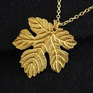 Gold luck leaf necklace for women mommy, custom Necklace, monogrammed necklace, 18K gold over pure brass , Personalized Gift for Women