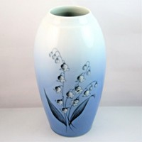 Bing and Grondahl Porcelain Lily of the Valley Vase Denmark 7 1/8 inch Vintage
