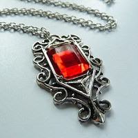 Ruby necklace Isabelle Lightwood Shadowhunters