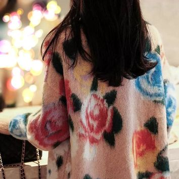Rose mohair inlaid with high - coloured turtleneck head knitted sweater