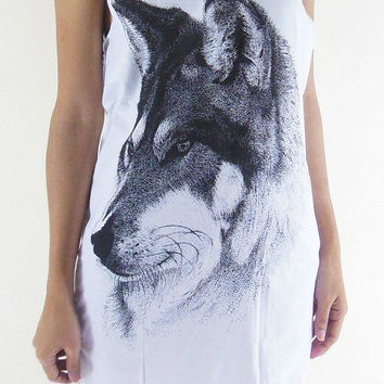 Wolf Shirt Fox Shirt -- Animal Shirt Animal T-Shirt White T-Shirt Women T-Shirt Tank Top Women Shirt Tunic Fox T-Shirt Wolf  T-Shirt Size M
