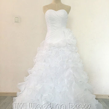 Real Photos Pleated Sweetheart Ruffled Wedding Dress Chapel Train Lace-up Bridal Gown