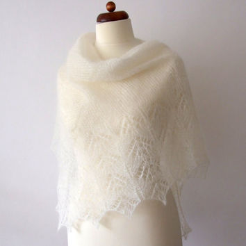 ecru off-white bridal shawl, knitted lace, prayer shawl, First Communion, ready to ship