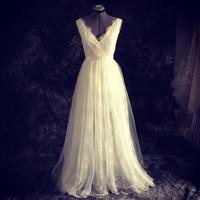 vintage style Emma Wedding Dress- Made to order-classic V neck and deep V back mermaid  tulle over lace-Ting exclusive