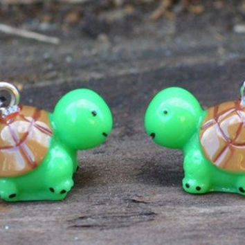 Adorable kawaii turtle earrings by MeredithsLittleShop on Etsy