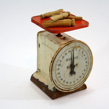Vintage Kitchen Scale / Vintage Way Rite Scale / Industrial
