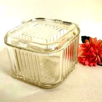 Vintage clear glass refrigerator dish with lid, jar, Mid Century, ribbed square fridge storage kitchen container with glass lid