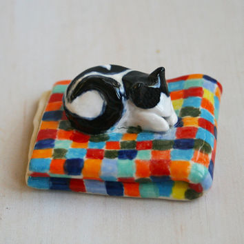 Black and White Cat Sculpture Tuxedo Cat on a Quilt - Ceramic Cat Figurine - Sleeping Kitty - Handmade Stoneware Art Pottery