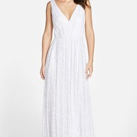 Women's Vera Wang Pleated Lace V-Neck Gown,