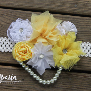 Pregnancy sash, Maternity photo prop, baby shower corsage, baby shower sash, gender neutral sash, yellow belly sash, yellow corsage, flowers