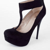 Neutral T-Strap Pumps in Black :: tobi