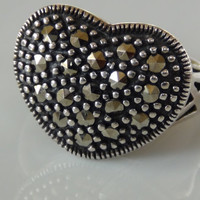 Marcasite 925 Sterling Silver Heart Cocktail Ring Size 7