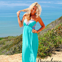 CARRIED AWAY MAXI DRESS IN MINT