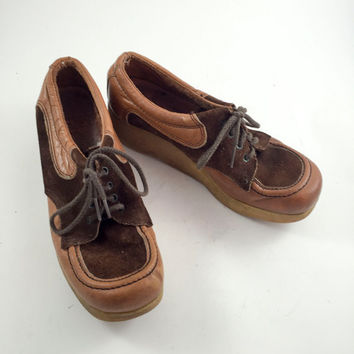 Vintage Brown Shoes Women's Brown Loafers 1960s Platform Wedge Rubber Heel Brown Leather Suede Loafers Hippie Boho Festival Wear