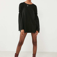 Truly Madly Deeply Ruffled Bell-Sleeve Tunic Top | Urban Outfitters