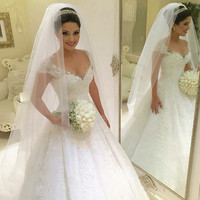 Plus Size Wedding Dress 2016 Sexy Ball Gown Princess Bride Gown Ivory Lace Wedding Dress Vestido De Noiva Vintage Casamento