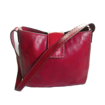 Authentic vintage FOSSIL Genuine thick soft Cherry Red Leather Medium shoulder bag Top Stitching satchel purse Black Signature Logo Lining