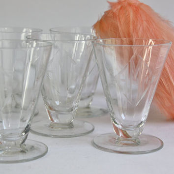 Mid Century Etched Cordials/ SET of 6 / Art Deco / Monogrammed