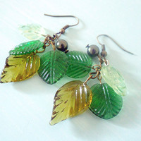 AUTUMN CASCADE II Fall Dangly Woodland Earrings with Glass Leaves in Green and Yellow & Dark Green Swarovski Pearl from Dryad Dreams
