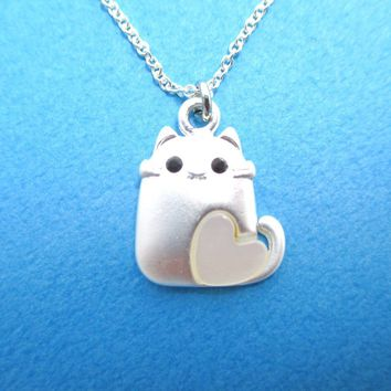 Adorable Kitty Cat With Heart Shaped Pearl Detail Necklace in Silver | DOTOLY