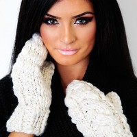 Nina Cream Thick Cable Knit Mittens | Pink Boutique
