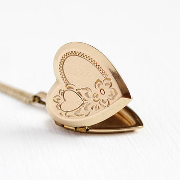 Vintage Heart Locket - 1940s 12k Rosy Yellow Gold Filled Sweetheart Necklace - Flower Pendant Charm Photograph Picture A & Z Co Jewelry
