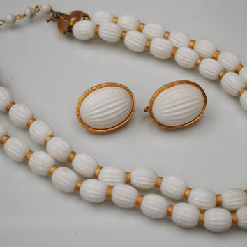 Vintage Trifari White and gold bead necklace and earrings