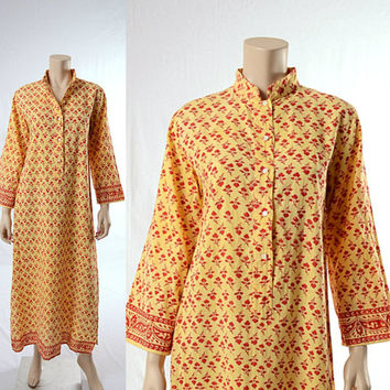 Vintage 70s India Floral Cotton Caftan Dress 1970s Karavan Indian Dashiki Ethnic Gypsy Hippie Festival Kaftan Boho Maxi Dress size Medium