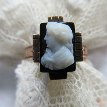 Victorian Antique 14K Hard Stone Cameo Ring