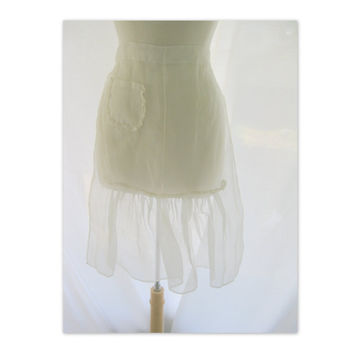 Vintage White Sheer Half Apron 1950s by darlingtoniavintage