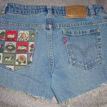 FARM animals daisy floral Custom patch pocket jean denim  LEVIs 517 frayed shorts 27 inch waist