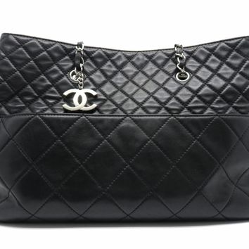 Chanel Quilting Lambskin Leather Chain Shoulder Bag Black