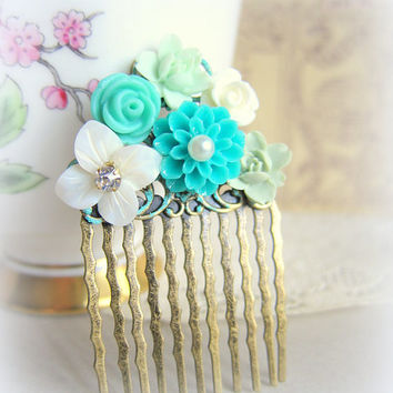 Turquoise Hair Comb Mint Green Wedding Teal Flower Comb Floral Head Piece Aqua Bridal Hair Comb Bridesmaid Gift For Brides