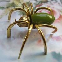 Vintage Green Bakelite Spider Pin