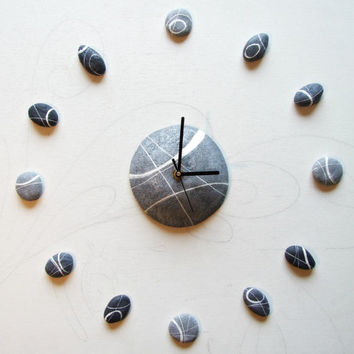 Adhesive Wall clock Modern homes Contemporary clock inspired by nature