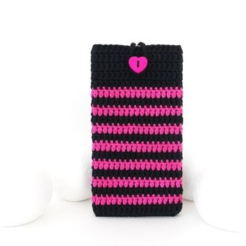 Heart Huawei P20 Pro pouch, pink OnePlus 6 cover, vegan Moto G6 sleeve, iPhone 8 plus case, Samsung S9 plus sock, LG G7 pouch, Kindle cover
