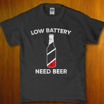 Low Battery i need Beer - drinking bar party unique Men's t-shirt