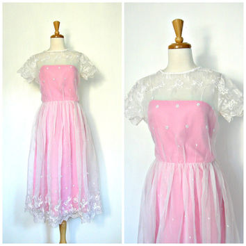 Vintage 70's Lace Dress / alice in wonderland / tea dress / pink wedding dress / holiday fashion / new years eve / small medium