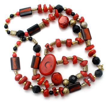 Red Coral & Black Onyx Bead Necklace