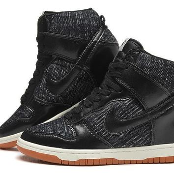 Nike Dunk Sky Hi Essential Inside Heighten woman Leisure High Help Board  Shoes ec21136ac