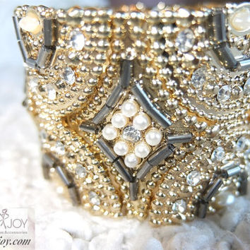 Shabby Chic Princess Handmade Stretch Bugle Beaded Bangle Bracelet Metal Vintage faux Pearl Rhinestone White Gold Ready To Ship