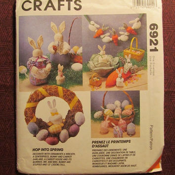 SALE Uncut McCall's sewing pattern, 6921! Home Decor/Easter Holiday Decorations/Stuffed Bunny Rabbits/Easter Wreath/Stuffed Eggs & Basket