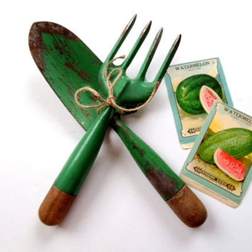 Green Garden Tools Instant Collection Vintage Hand Cultivator Fork Spade Wooden Handles